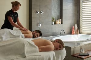 Couple's Massage & Aromatherapy Bath
